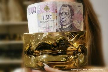 Bankám rostou zásoby zlata. ČNB zlato nechce. Poplatkovi se diví